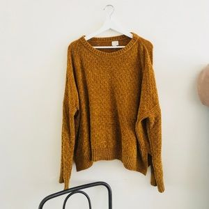 Minimal Cozy Mustard Sweater Top